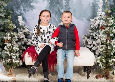 Caprara-Family-ChristmasMIni15-023