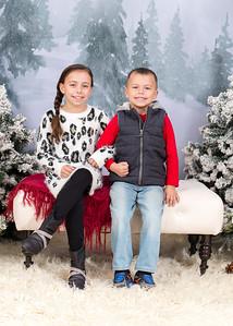 Caprara-Family-ChristmasMIni15-020