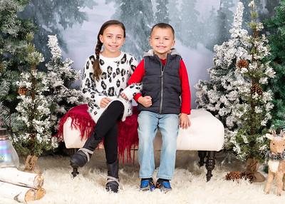 Caprara-Family-ChristmasMIni15-019