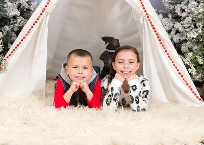 Caprara-Family-ChristmasMIni15-009