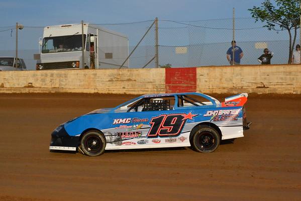 County Line Raceway May 2, 2015