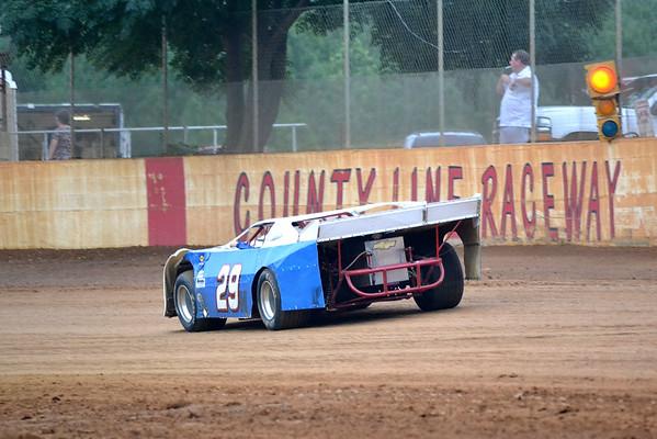 County Line Raceway 9/12/15...before the rain