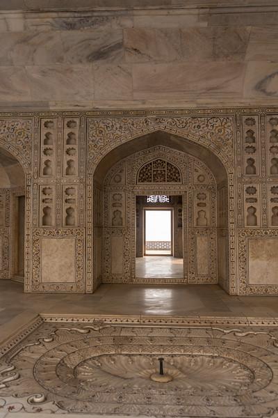 Agra-1082