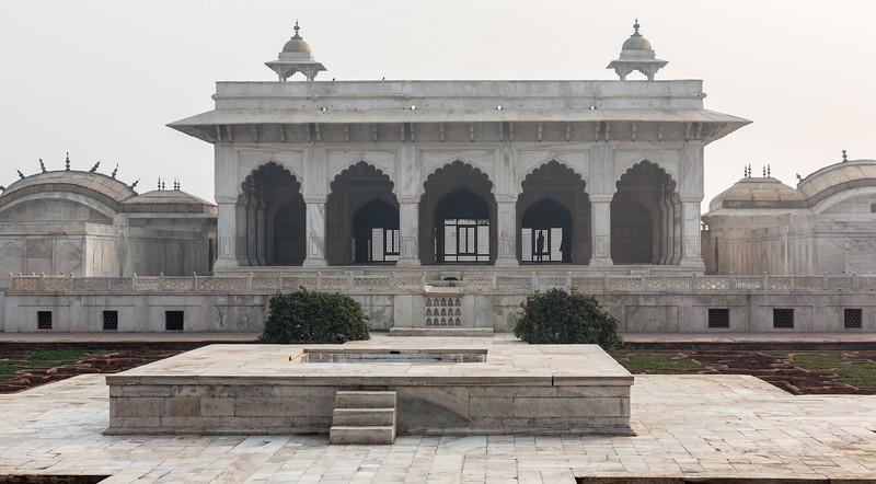 Agra-1070