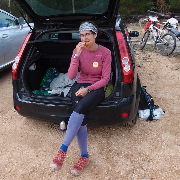 Laure fueling up! <br /> <br /> Photo: Laure Gauthiez Putallaz (DF team X29)