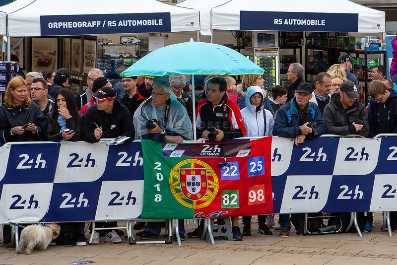Fans, Le Mans 24 Hours Public Scrutineering, Place de la République, Le Mans, France