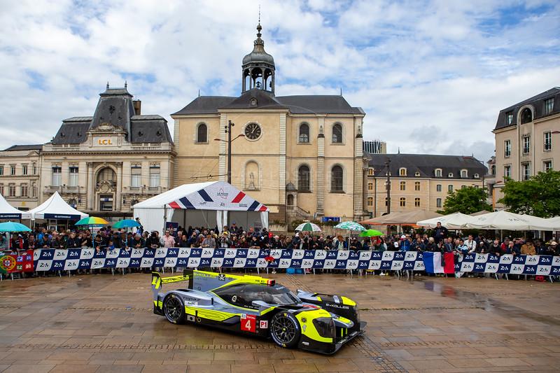 #4 ByKolles Racing Team Enso CLM P1/01: Oliver Webb, Paolo Ruberti, Tom Dillmann, Le Mans 24 Hours Public Scrutineering, Place de la République, Le Mans, France