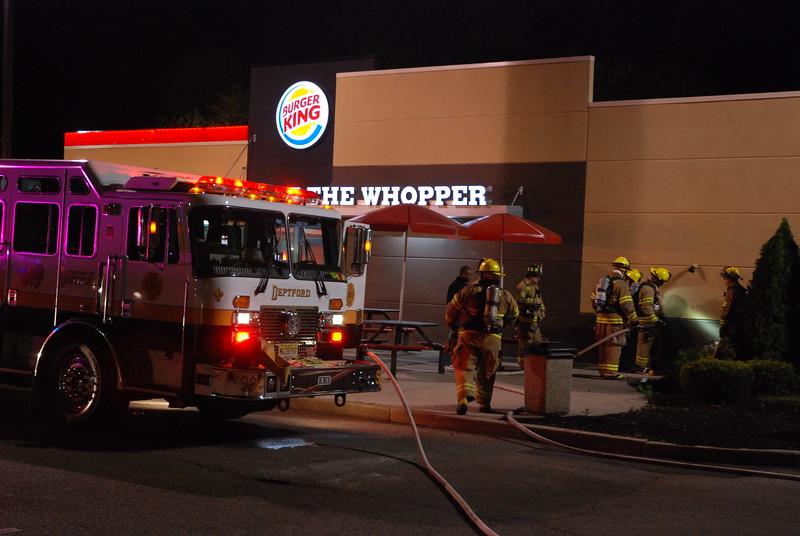 5-21-2015 (Gloucester County) DEPTFORD - 877 Cooper Street - Burger King  - Building Fire
