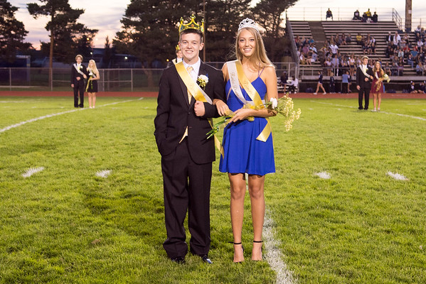 2015-09-25 Homecoming Parade and Court