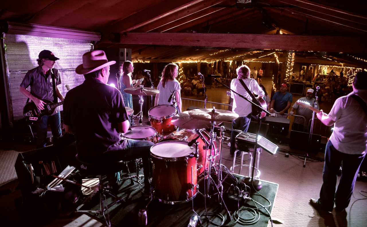 The full band show at House Pasture Cattle Co.