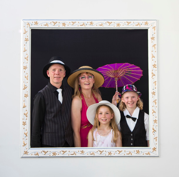 20150124 Steve, Star, Vienna & Ruth at Steve Brooks 50th birthday  _MG_8778 MJ