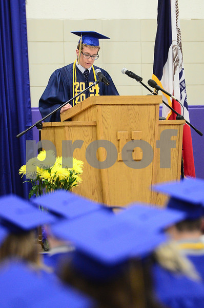 -Messenger photo by Jesse Major<br /> <br /> Humboldt HIgh School senior president Will Dunscombe tells his classmates that going to college will be the best money they ever borrowed during graduation Sunday.