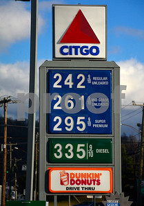 1/2/2015 Mike Orazzi | Staff Gas prices at the Citgo station at the intersection of Cooke Street and New Britain Avenue in Plainville on Friday.