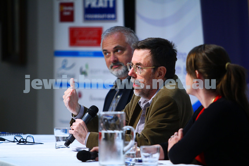 22-3-15. Israeli election panel discussion at Beth Weizmann.  Greg Sheridan. Photo: Peter Haskin