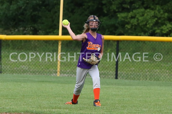 20150625 Tigers vs Yellow Jackets Softball