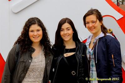 Sydney Mae, Jessy Mossop, Julia Nicholson - Opry - Nashville 15 0273