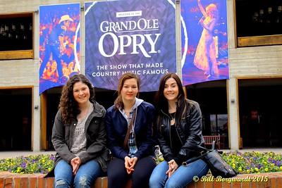 Sydney Mae, Julia Nicholson, Jessy Mossop - Opry - Nashville 15 0266