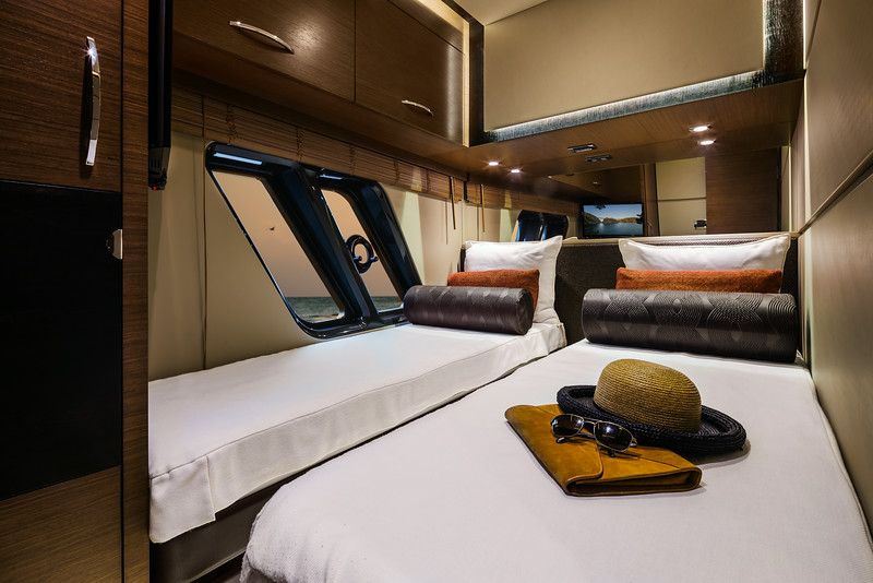 L650 (Fly) Starboard Guest Stateroom