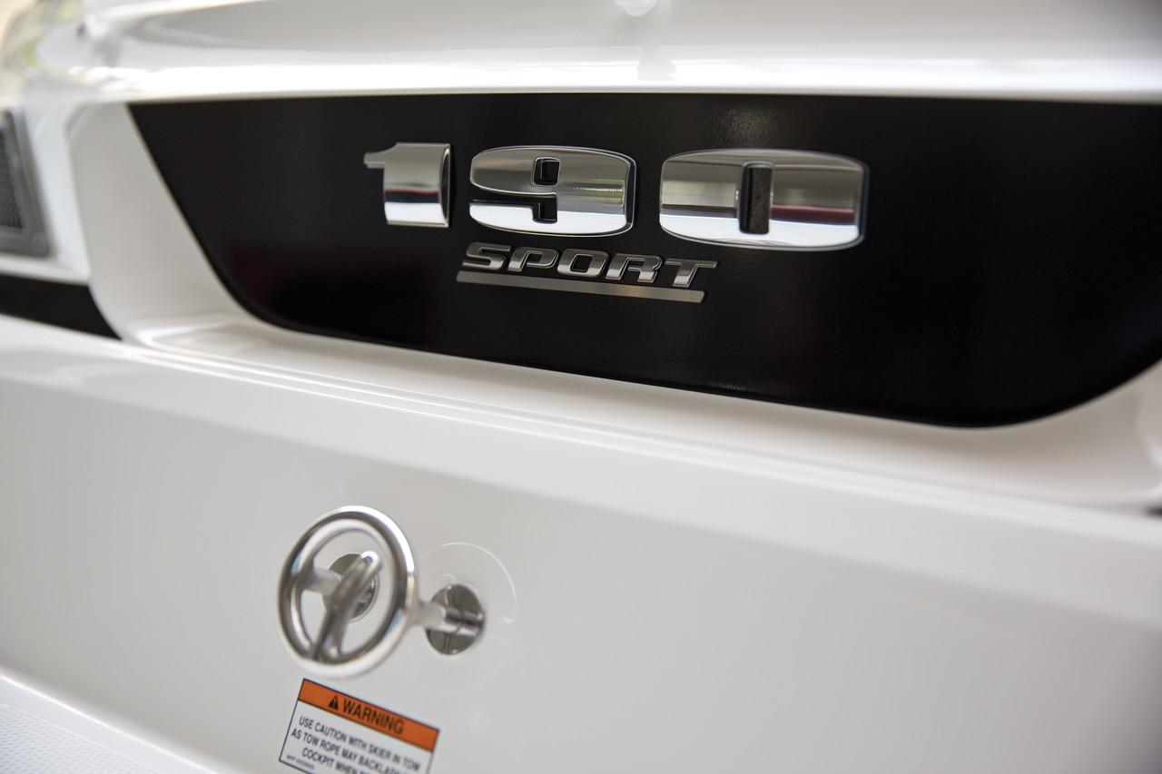 Sea Ray 190 Sport (2014)