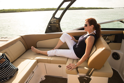 Sea Ray 240 Sundeck (2014)