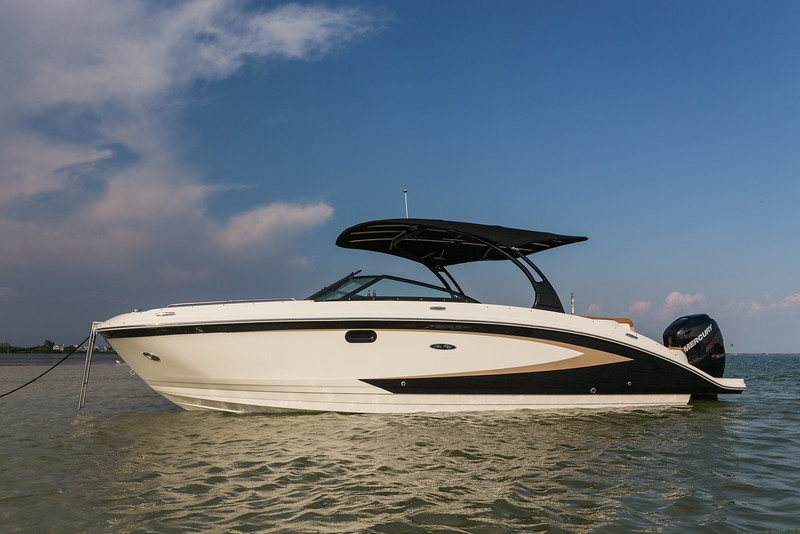 270 Sundeck OB - searay