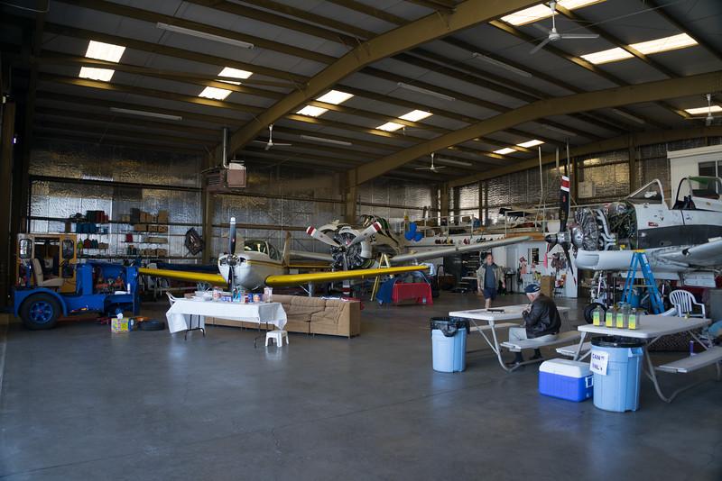 Reno hanger-0003