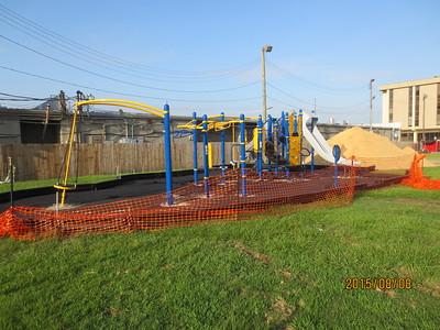 2015-08-08 New Playground Mulch Crew