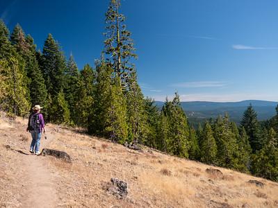 2015 Hike to Hobart Bluff