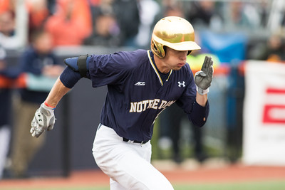 Robert Youngdahl runs to first during the Champaign Regional NCAA tournament game between Notre Dame and Illinois on May 31, 2015