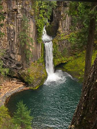 Umpqua Waterfalls