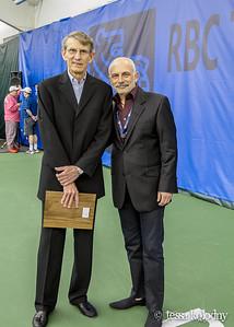 Award Bob-4073