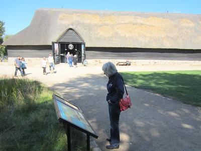 The thatched barn at Avbury Manor