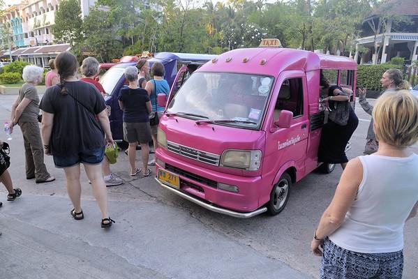 _DG17259-12R Tuk Tuk to Phuket Market