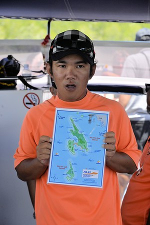 _DG17324-12R Destination Phi Phi Island
