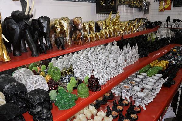 _DG17281-12R Phuket Market