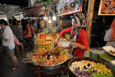 _DG17273-12R Phuket Market