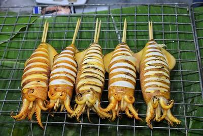 _DG17284-12R Phuket Market Squid