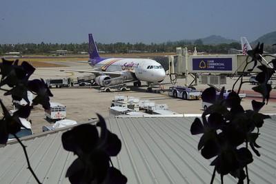 _DG16427-12R Arriving Phuket