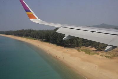 _DG16418-12R Arriving at Phuket