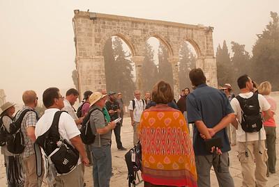 israel 9.8.15 temple mount  hamsin sand storm 4-1