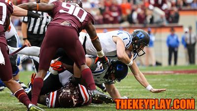 Duke QB Thomas Sirk gashes the Hokies defense for another gain on the ground. (Mark Umansky/TheKeyPlay.com)