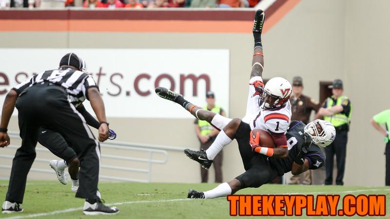 Isaiah Ford (1) hauls in a touchdown in third quarter. (Mark Umansky/TheKeyPlay.com)