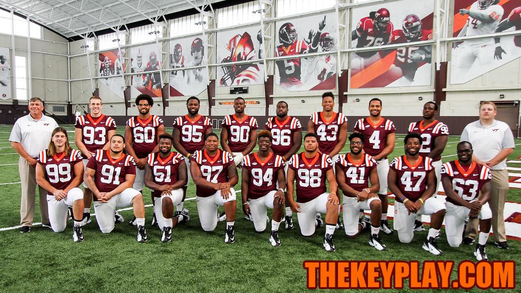 The defensive line unit. (Mark Umansky/TheKeyPlay.com)