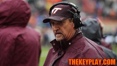 Virginia Tech defensive coordinator Bud Foster speaks to his players on the sideline. (Mark Umansky/TheKeyPlay.com)