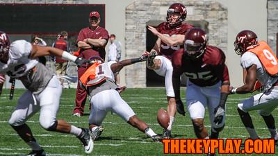 C.J. Reavis blocks a punt by Mitchell Ludwig. (Mark Umansky/TheKeyPlay.com)