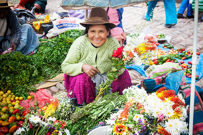 Ladies in the Market. Pisac, Peru