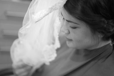 Amber and Joe Barns Wesleyan Wedding_0009