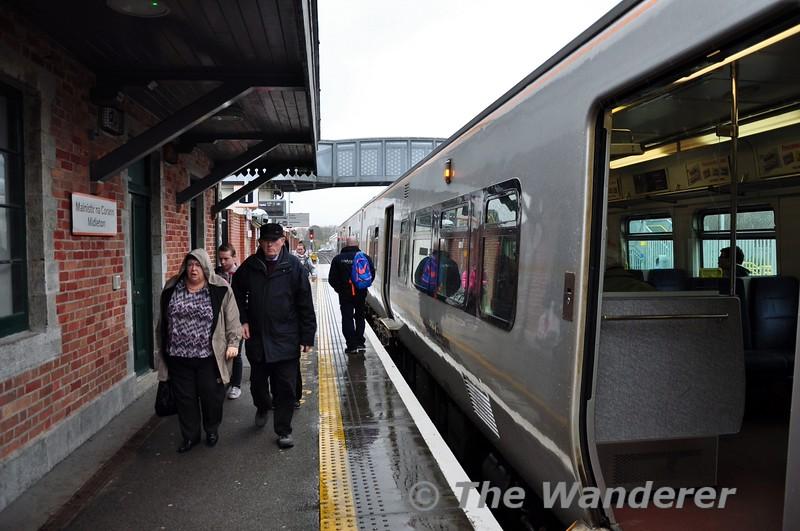 Passengers at Midleton. 1115 ex Cork. 2614 + 2617 stabled at Cork. Thurs 12.03.15