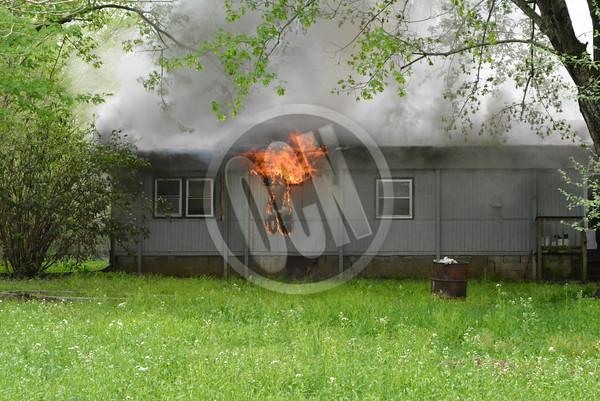 04-16-2015_Fire on Meadowbrook Cir
