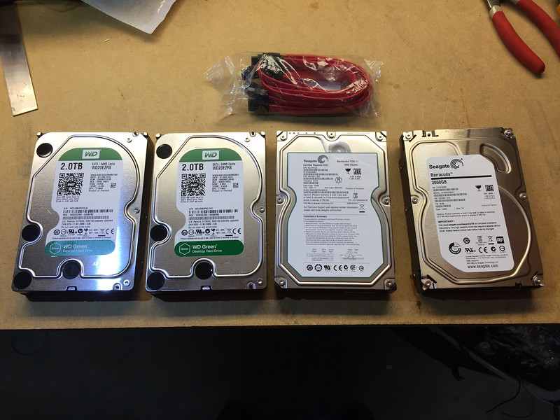Sticking 4x old drives in the external enclosure